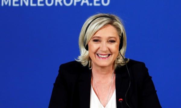 """На мушката на Льо Пен: Иска паневропейска """"супергрупа"""" от крайни националисти"""