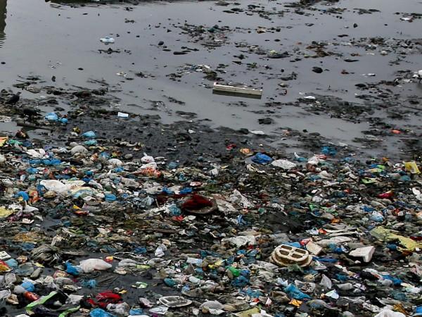 Европейският съюз забранява 10 вида пластмасови изделия за еднократна употреба
