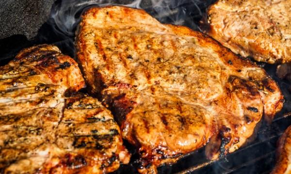 Рецептата Dnes: Свински пържоли със соев сос