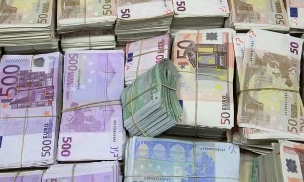 Европол иззе €8 млн., диаманти и злато след мащабна операция