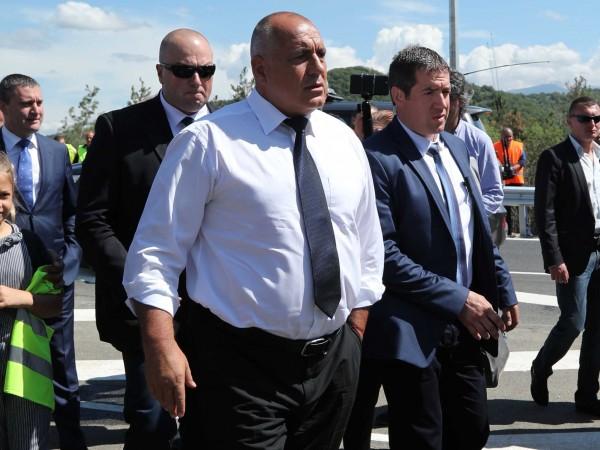 Премиерът Бойко Борисов откри официално новата отсечка от 6.5 км