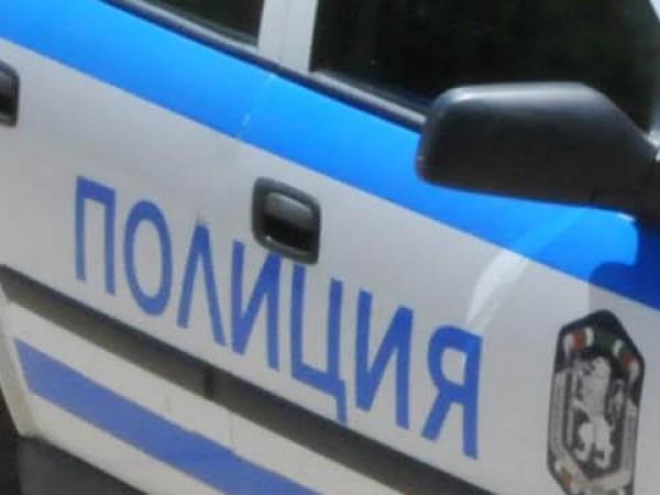 Мъж преспа в ареста след разходка с газов пистолет в