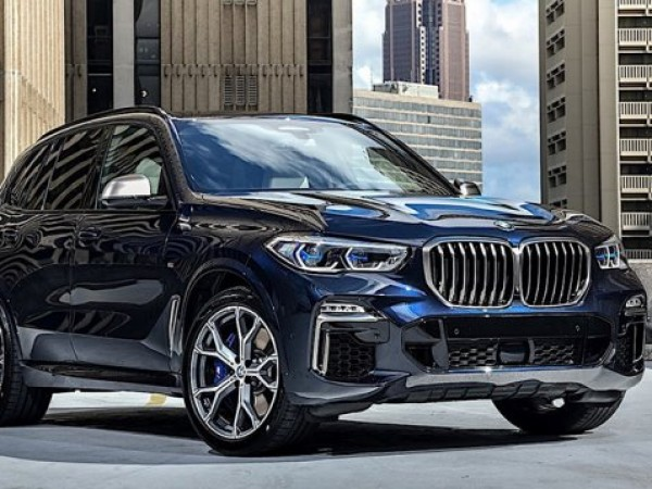 Компанията BMW представи нови топ-версии на двата си кросоувъра X5