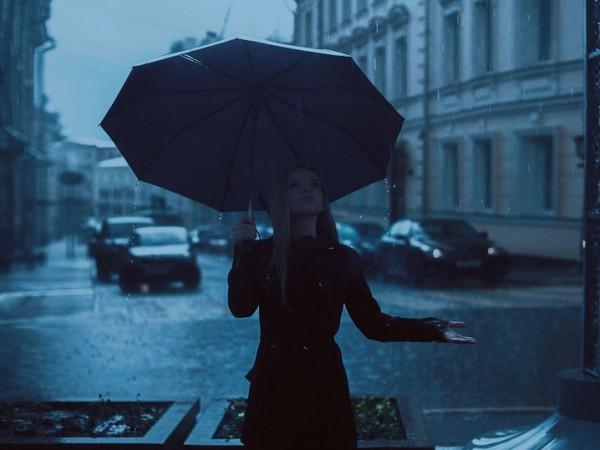 Чадърът трябва да ви бъде верен приятел днес. Очаква се