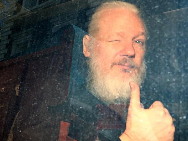 Министерството на правосъдието на САЩ повдигна още 17 обвинения срещу
