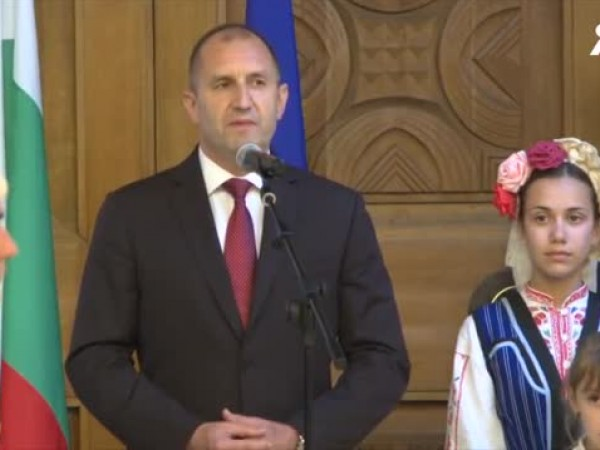 """""""Искрено вярвам, че истинските дворци на България са нейните училища,"""