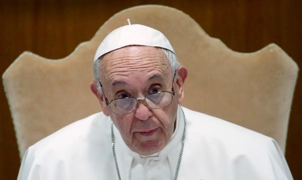 "Папа Франциск сравни аборта с ""наемен убиец"""