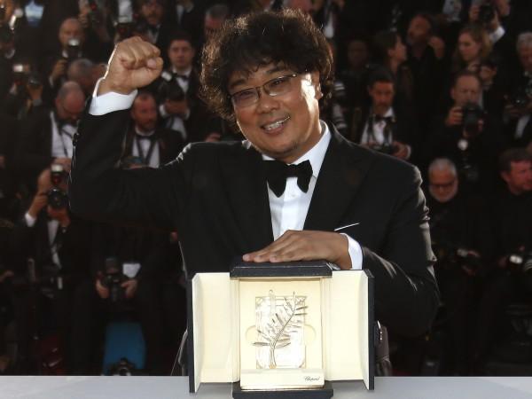 За първи път южнокорейски режисьор печели Златната палма в Кан.