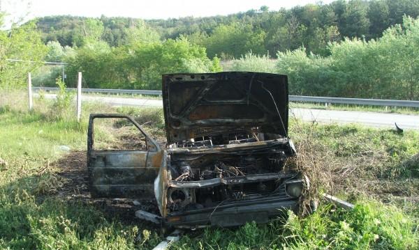 "Опел се запали на магистрала ""Тракия"""