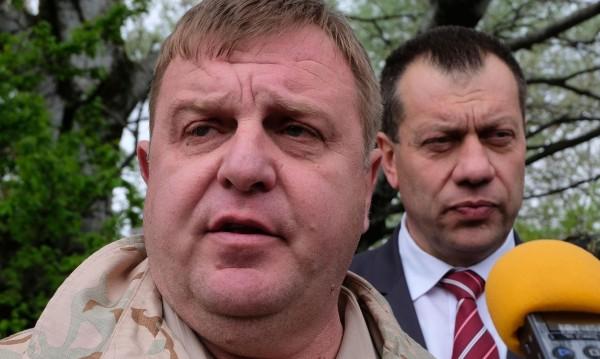 Каракачанов: Всеки има едно семейство и това е България