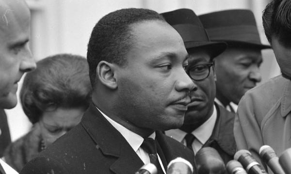 """Записи на ФБР твърдят, че Лутър Кинг бил """"ненормален зъл звяр"""""""