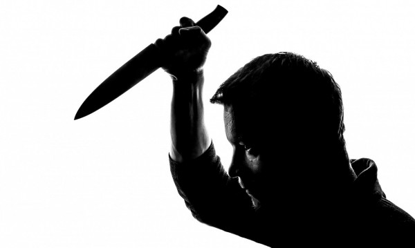 Варненец заби нож в гърба на свой съгражданин - буквално!