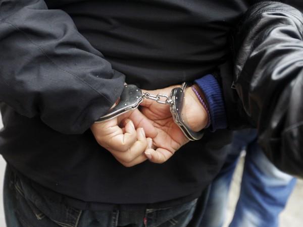 Снимка: Двама българи заловени за източване на банкомат в Делхи