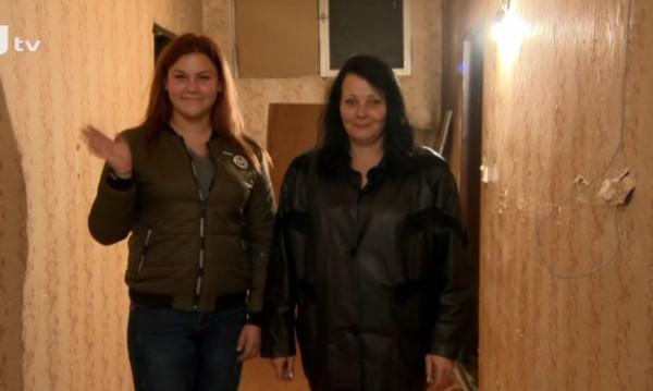 Самотна майка и 15-годишната й дъщеря получиха мечтан дом