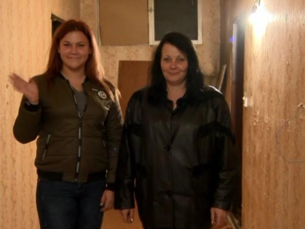 Снимка: Самотна майка и 15-годишната й дъщеря получиха мечтан дом
