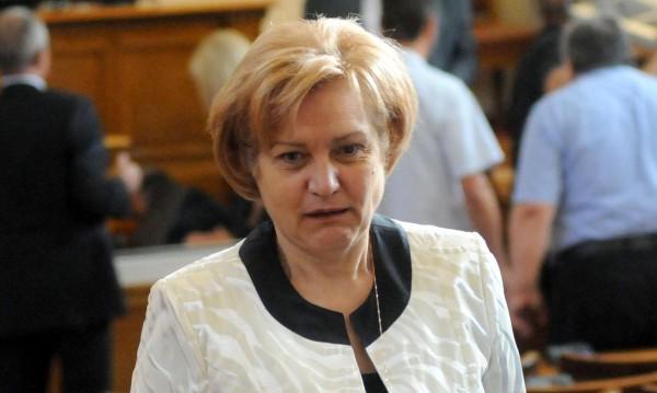 Цветанов работил за партията, но пък незаменими хора нямало