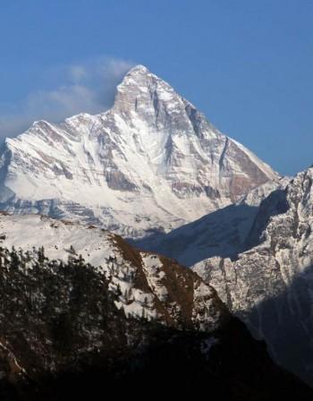 Откриха пет тела на Нанда Деви в Хималаите