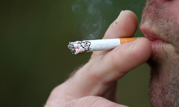 Пушим по-малко незаконни цигари, защото... сме по-богати