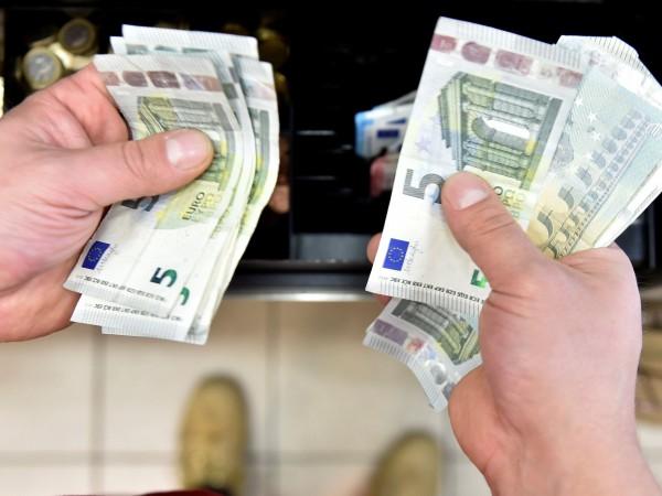 Европейската комисия препоръча на българското правителство да затегне още контрола