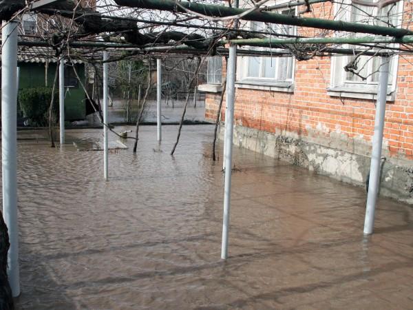 Дъжд с количество 11-12 л/кв.м е довел до излизане на