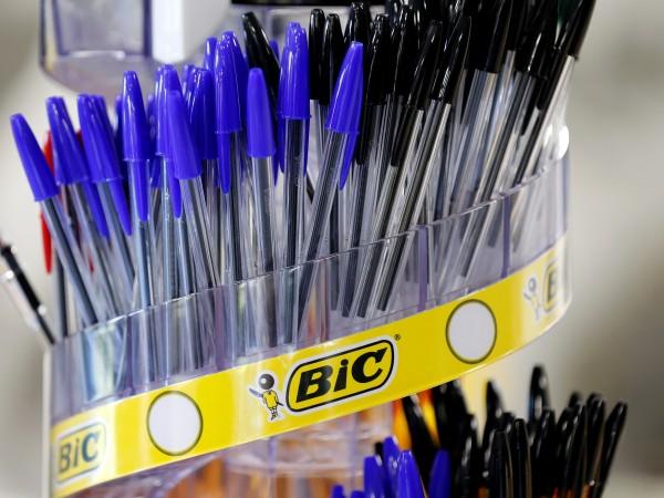Френската компания Bic - производител на химикалки, самобръсначки и запалки,