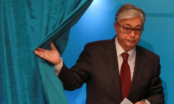 Касим-Жомарт Токаев - президентът, обещаващ приемственост
