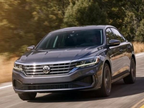 Компанията Volkswagen даде начало на продажбите на обновения Passat, моделна