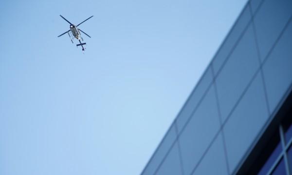 Хеликоптер падна върху сграда в Манхатън