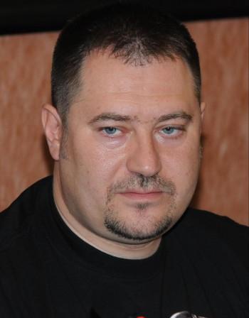 100 бона и ексшефът на ДАБЧ Харалампиев излиза от ареста