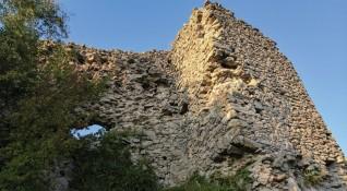 Българските крепости: Величието и вълшебството на Устра