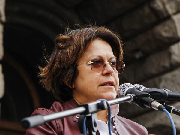 Мая Манолова е сериозна кандидатура за кмет на София. Това