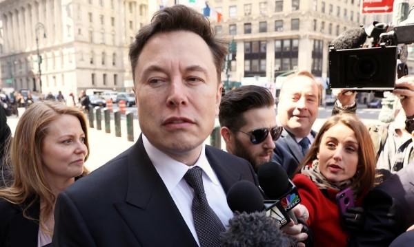 Акционерите на Tesla подкрепиха Мъск
