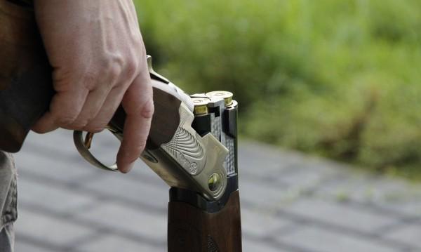 Пушки, боеприпаси, марихуана... Открити у мъж във Варненско село