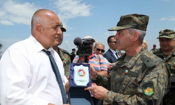 Борисов в Ново село: С F-16 ще пазим небето и на Северна Македония