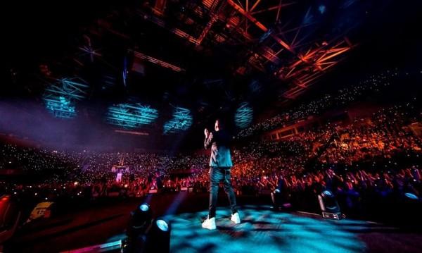 За първи път – Графа с концерт на стадион