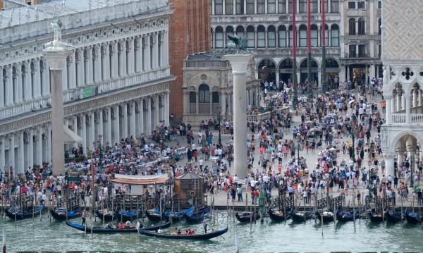 Венеция – фронтовата линия на войната с туристите
