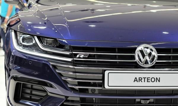 Дизелгейт струва на Volkswagen 2 млрд. долара