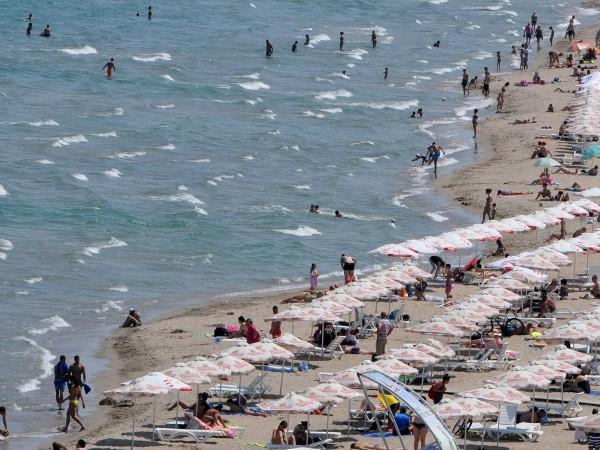 В началото на летния сезон потребители алармират за фалшиви слънцезащитни