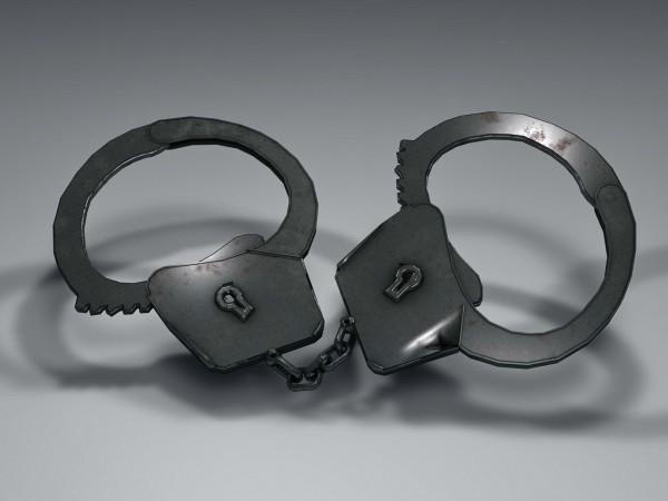 Шестима са задържани в Костинброд в момент на разкомплектоване на