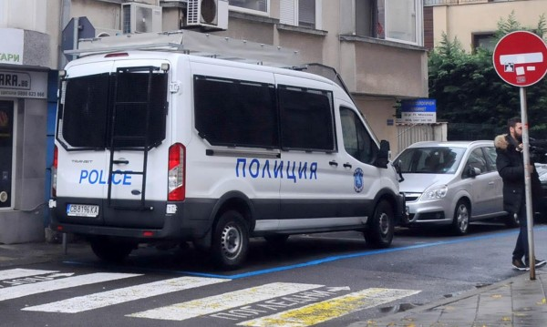 Кило барут, патрони и гранати откриха в с. Цапарево