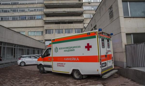 Раненият край Ябланица полицай остава с опасност за живота