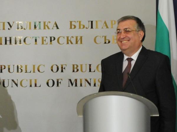 Бившите служебни министър-председатели проф. Огнян Герджиков и проф. Георги Близнашки