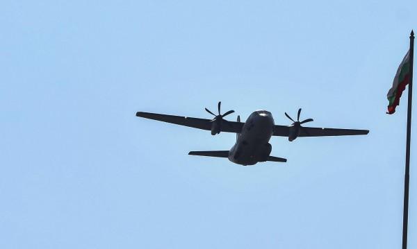 Защо попадна в турбуленция българският самолет?