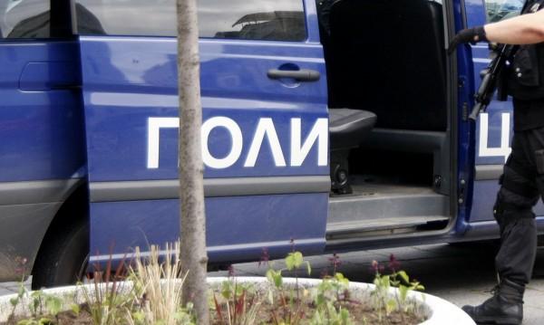 Арест за двама, пребили 20-годишен в Сандански