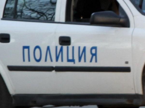 Снимка: Трима биха софиянец, взеха му колата и парите