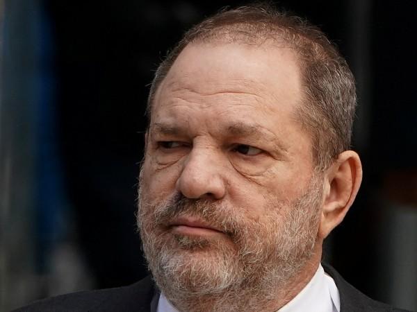 Хосе Баес, адвокатът на подсъдимия за сексуално насилие холивудски продуцент