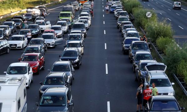 Германските магистрали остават безплатни