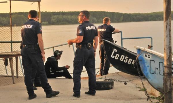 Момче изчезна във водите на Дунав край Силистра