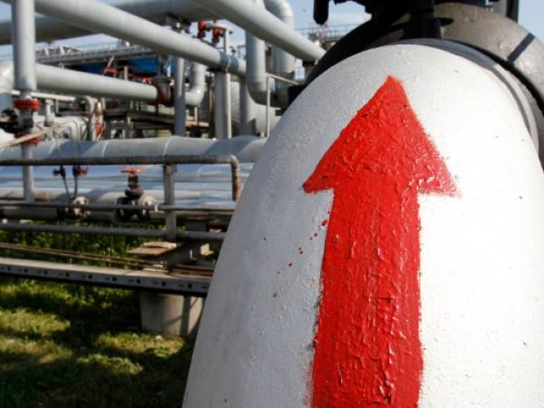 Българските потребители и бизнесът ще плащат по-евтин газ, след като