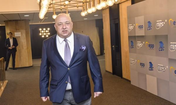 """Кралев: Нов национален стадион ще има, реновираме """"Армията"""""""